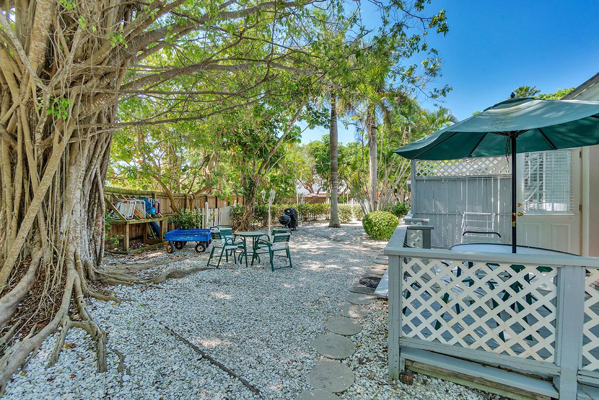 Seahorse Cottages, Sanibel Island, FL