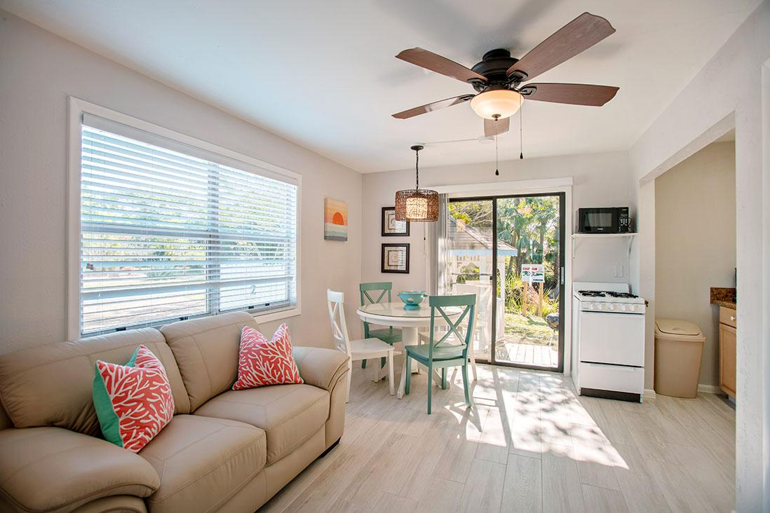 Periwinkle Cottages of Sanibel - Sandpiper Cottage